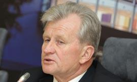 Lietuvos jobanas ekspertas-ekonomistas. Jis iš viso nieko nenusimano apie ekonomiką.